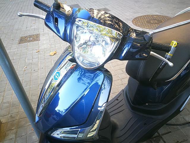 2016 PIAGGIO Liberty 50 moto en alquiler (4)