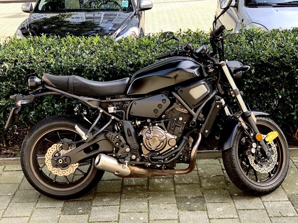 2018 Yamaha XSR 700 motor te huur (1)