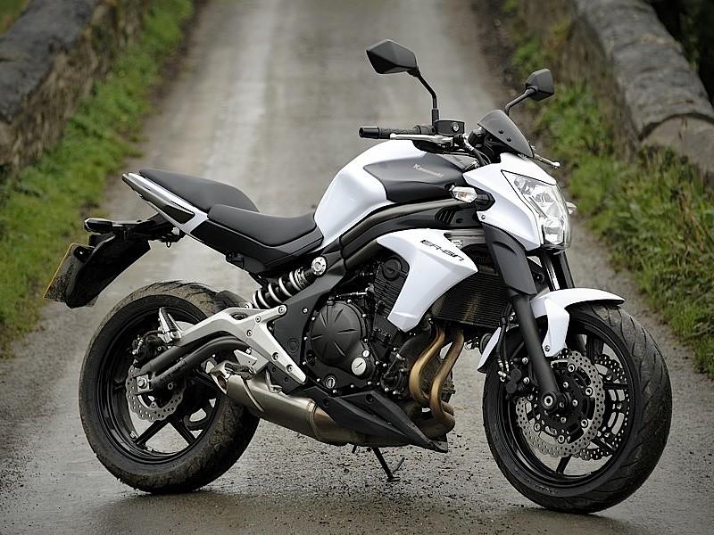 Huur Een Kawasaki Er6n Voor 46 Per Dag