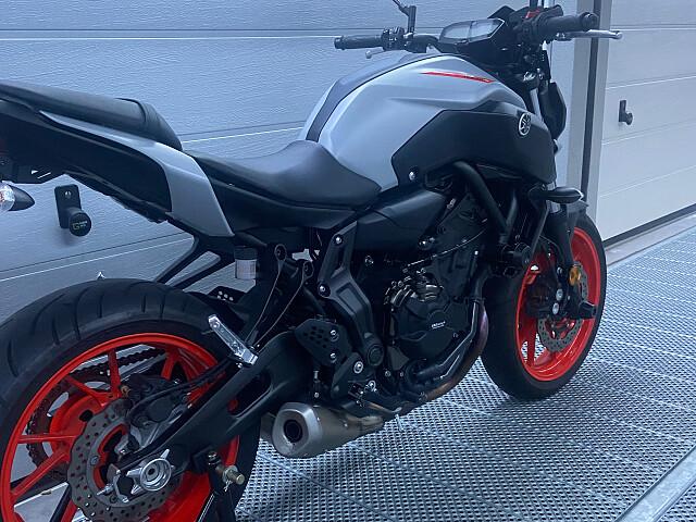 2020 Yamaha MT 07 motor te huur (2)