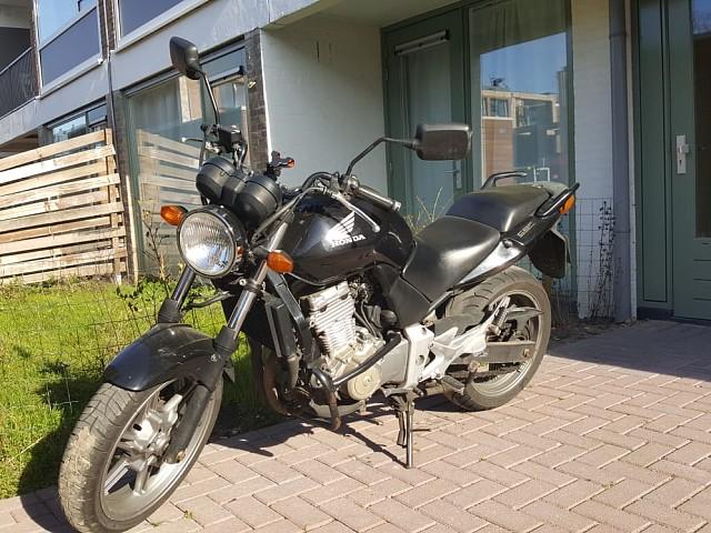 2004 HONDA CBF 500 motor te huur (1)