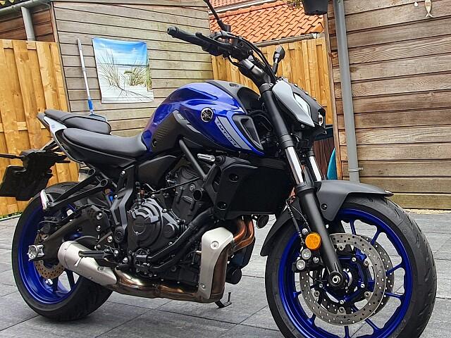 2021 Yamaha Yamaha MT-07 motor te huur (2)