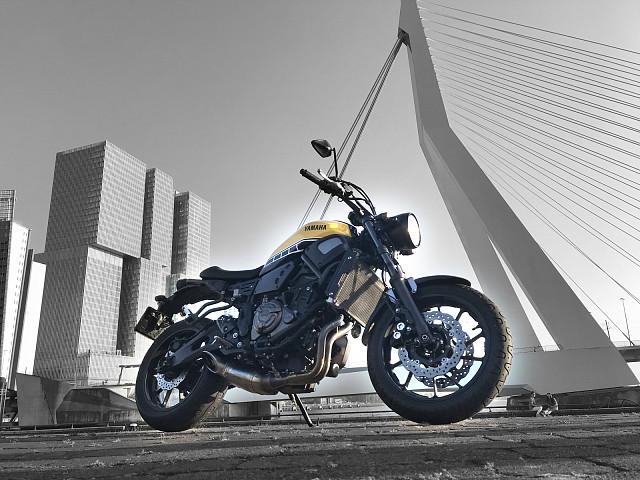 2016 YAMAHA XSR 700 moto en alquiler (2)