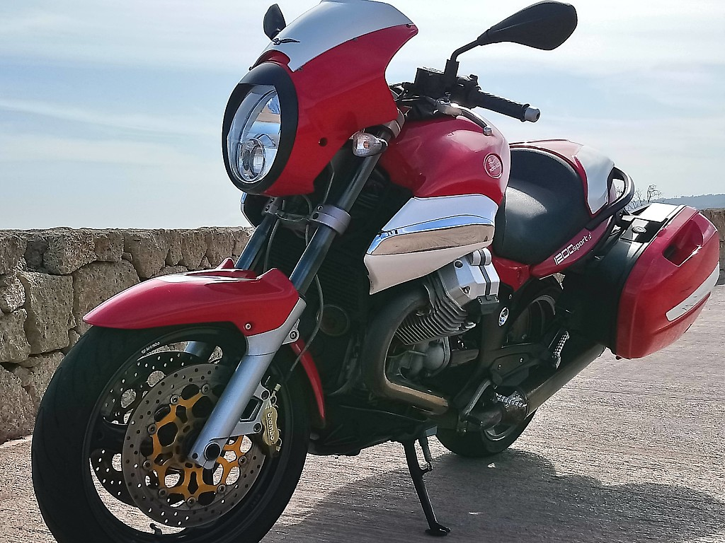 2007 MOTO GUZZI 1200 moto en alquiler (1)