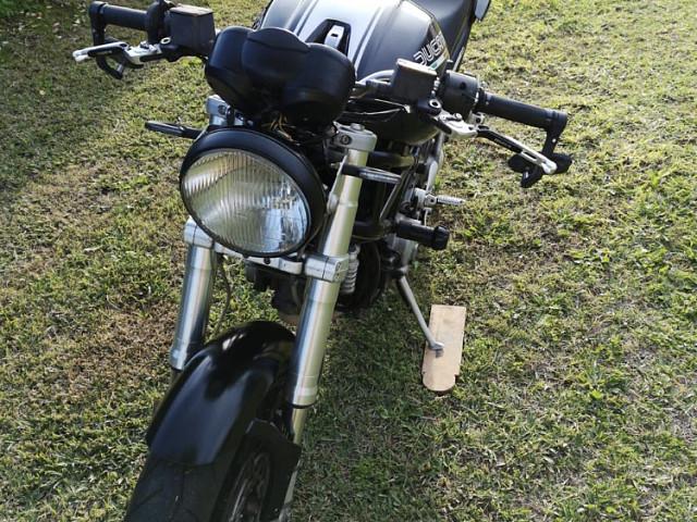 2006 DUCATI Monster S2R moto en alquiler (2)