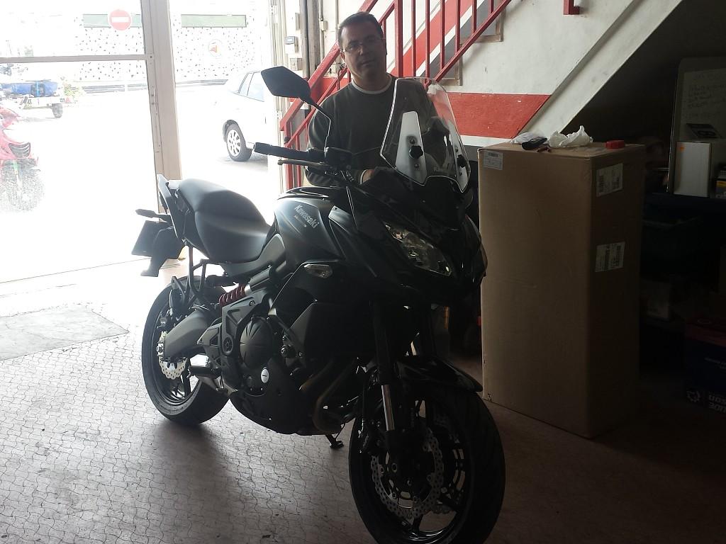 2015 KAWASAKI Versys 650 moto en alquiler (1)