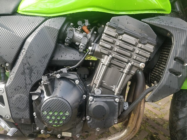 2003 Kawasaki Z1000 motor te huur (4)