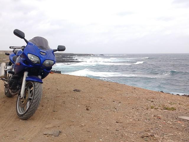 Suzuki SV 650 S moto en alquiler (4)