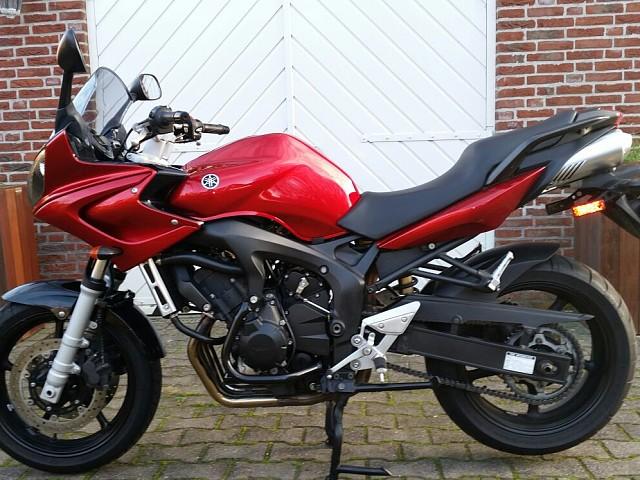 2006 YAMAHA FZ6 motor te huur (1)