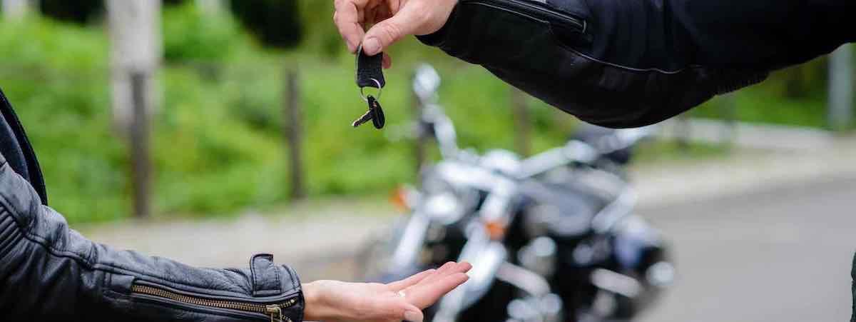 Sleuteloverdracht: Verkopen motor tien tips