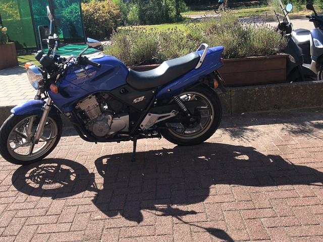 2002 Honda CB 500 motor te huur (1)