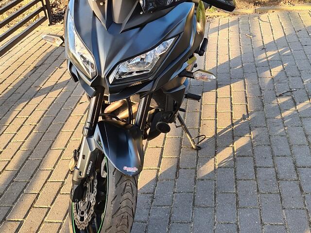 2016 Kawasaki Versys 650 ABS motor te huur (4)