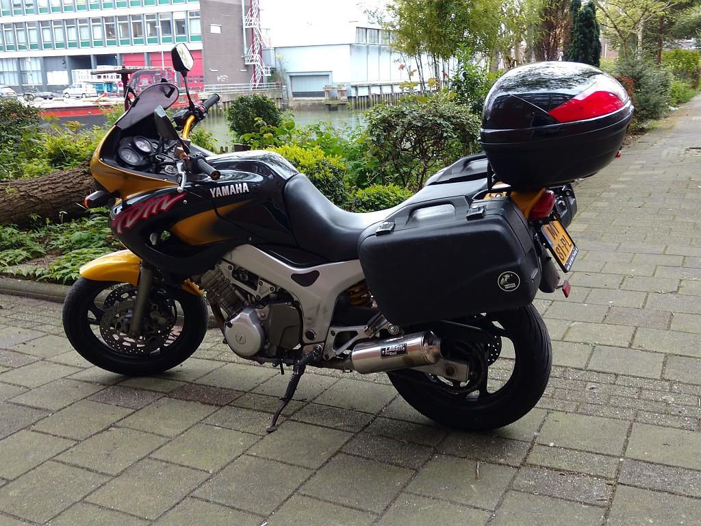1998 Yamaha TDM 850 motor te huur (1)