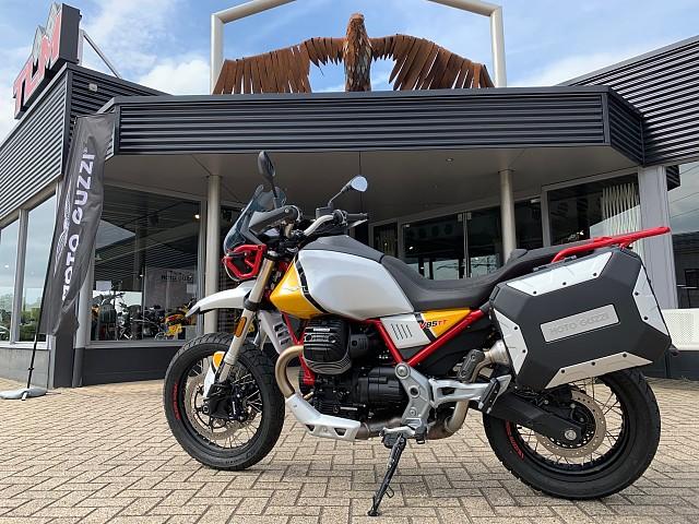 2019 MOTO GUZZI V85 TT Urban Adventurer motor te huur (1)