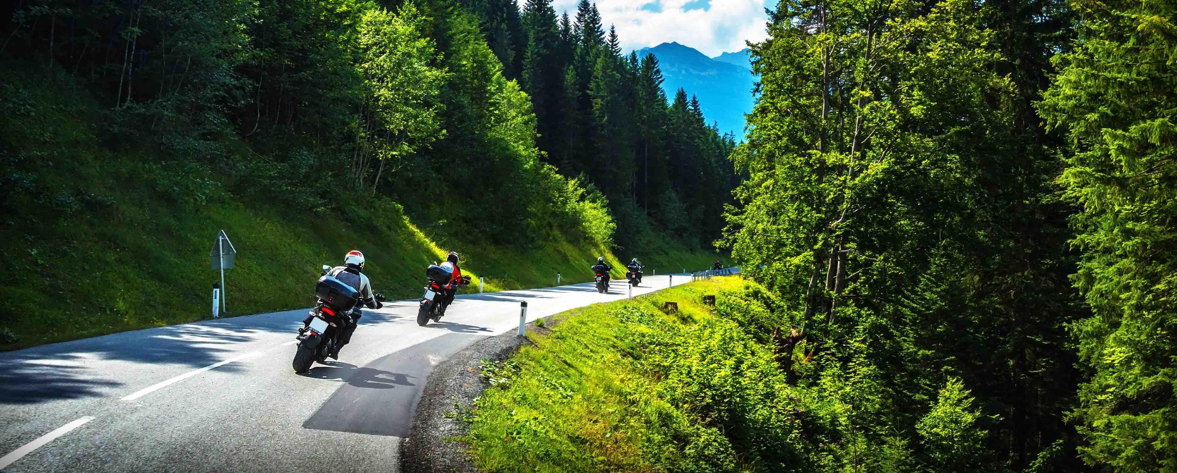 Motor in de bergen: Motorrijden Ardennen