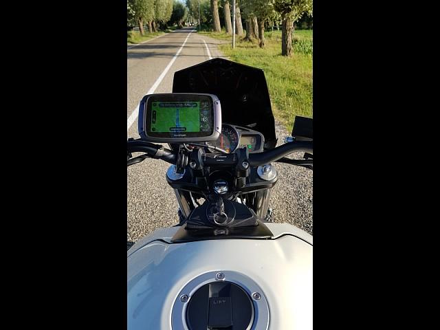 2013 Suzuki GSR 600 motor te huur (5)