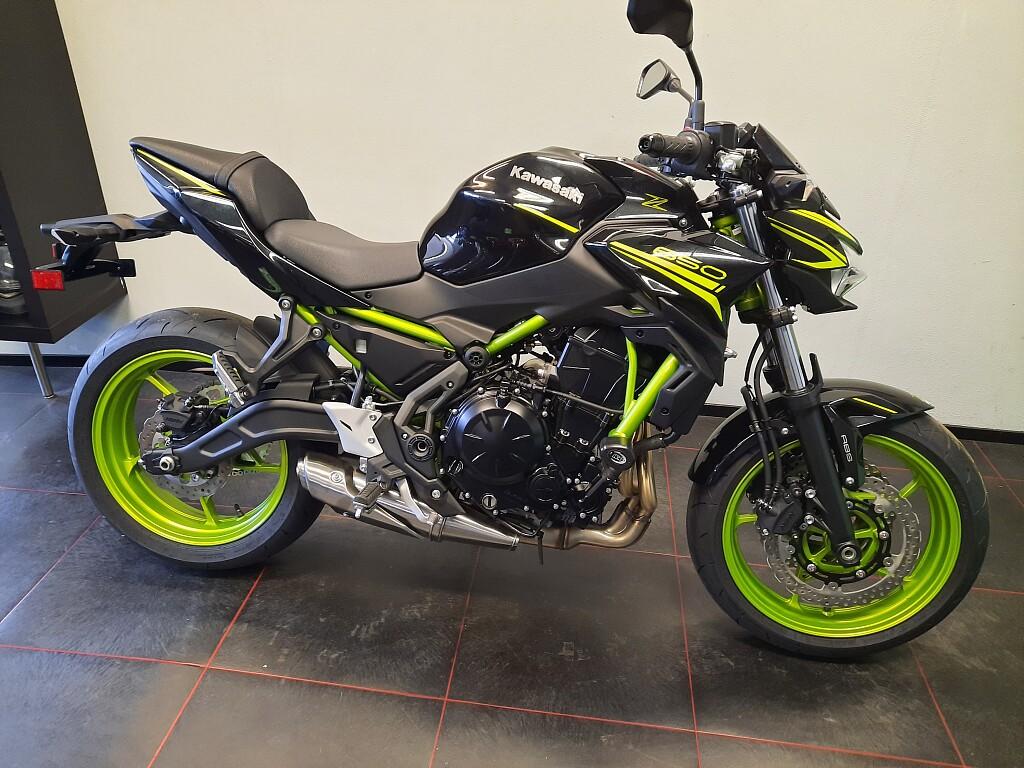 2021 Kawasaki Z650 motor te huur (1)