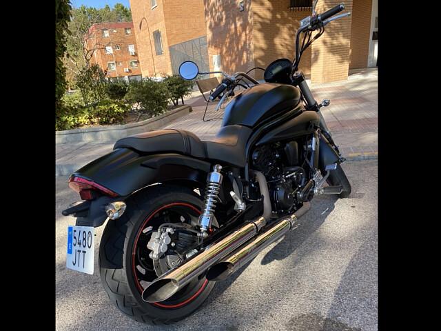 2016 Hyosung Aquila GV 650i moto en alquiler (2)