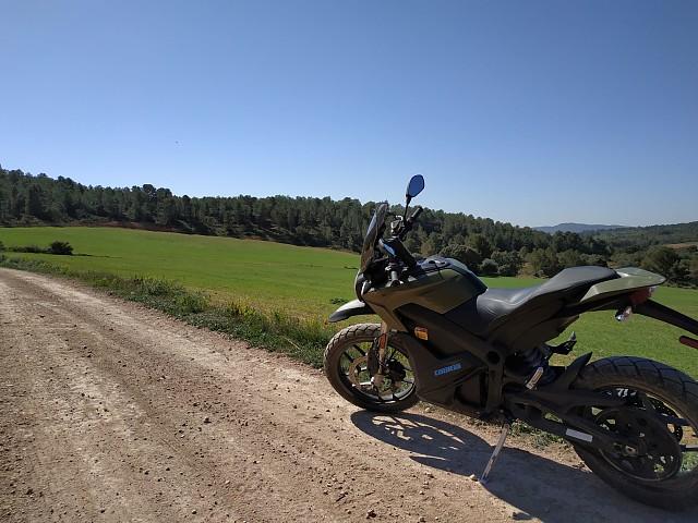 2018 ZERO MOTORCYCLES DSR ZF 14.4 moto en alquiler (2)