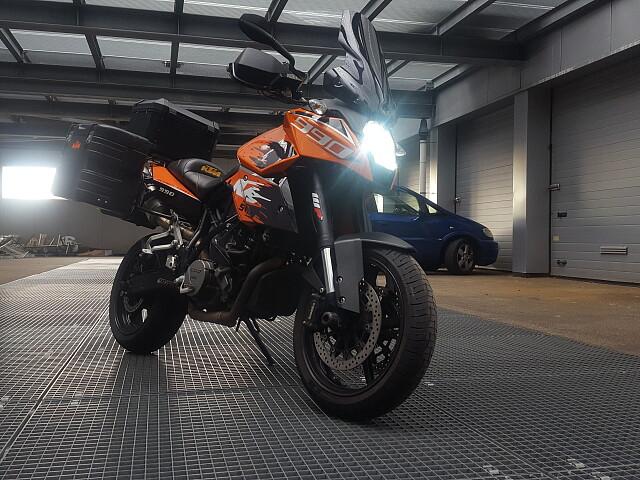 2011 KTM 990 Adventure motor te huur (1)