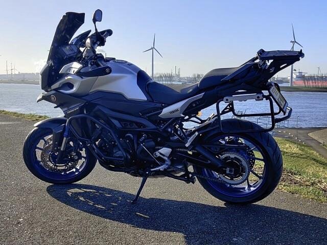 2015 Yamaha MT 09 TRACER motor te huur (3)