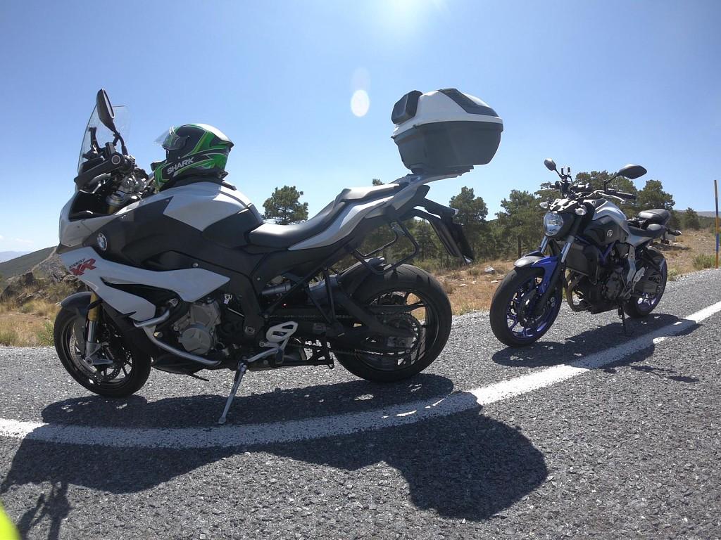2016 BMW S 1000 R moto en alquiler (1)
