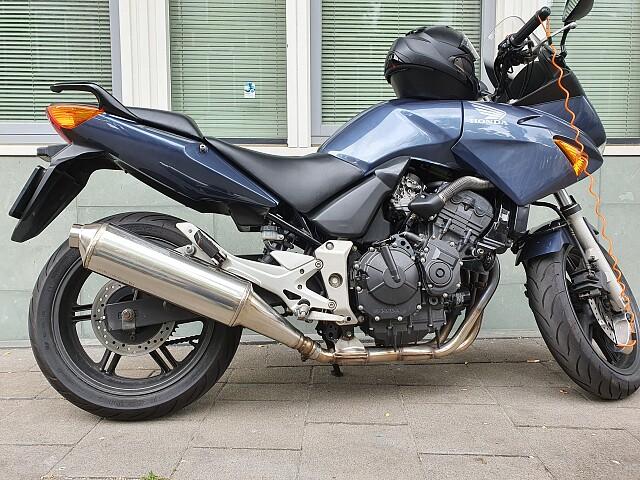 2004 Honda CBF 600 S motor te huur (3)