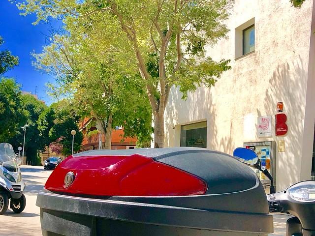 Peugeot Tweet 125 moto en alquiler (4)