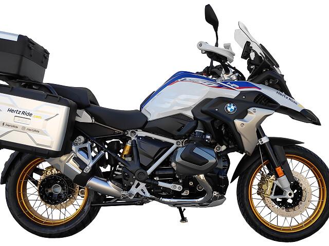 2020 BMW R 1250 GS moto en alquiler (2)