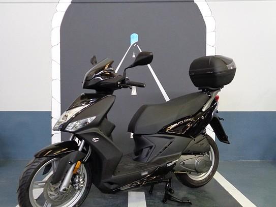 2011 KYMCO Agility City 125 moto en alquiler (1)
