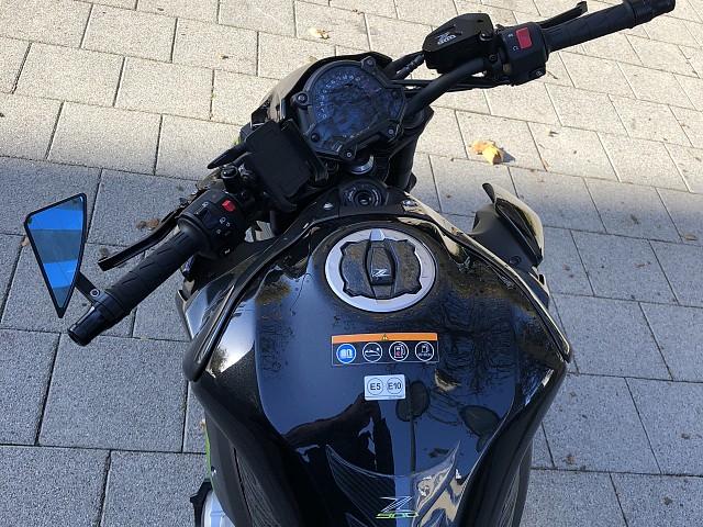 2018 KAWASAKI Z900 moto en alquiler (4)