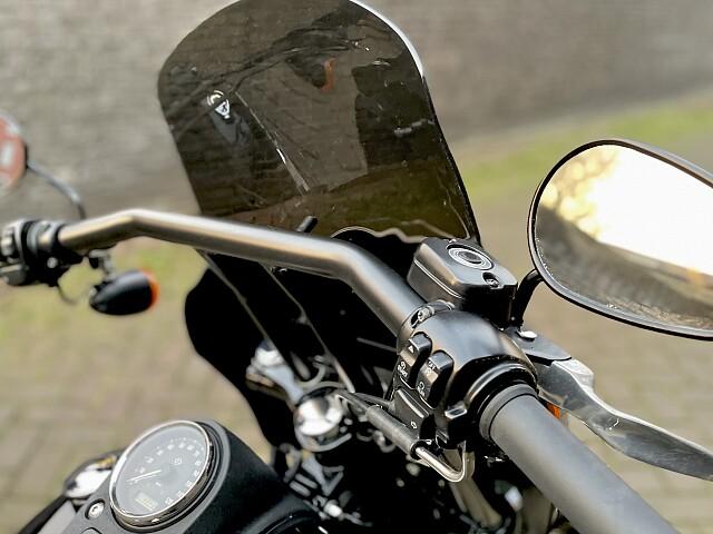 2015 Harley-Davidson DYNA STREET BOB motor te huur (5)
