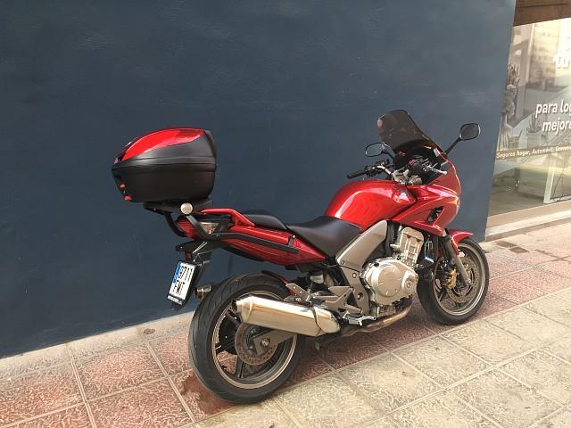 2007 HONDA CBF 1000 moto en alquiler (3)