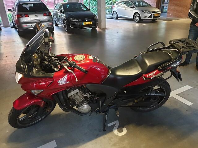 2009 Honda CBF 600 S motor te huur (2)