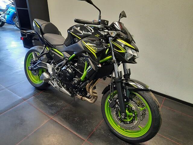 2021 Kawasaki Z650 motor te huur (2)