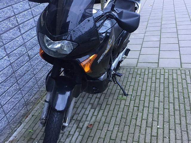 2000 Honda Transalp XL 650 V motor te huur (3)