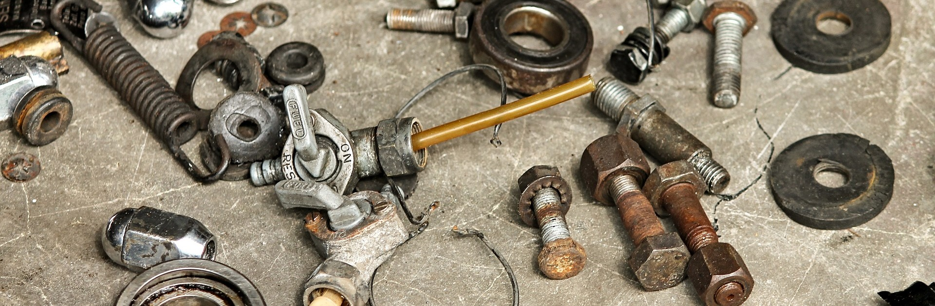 Motoronderdelen: Besparen op de kosten van motoronderhoud
