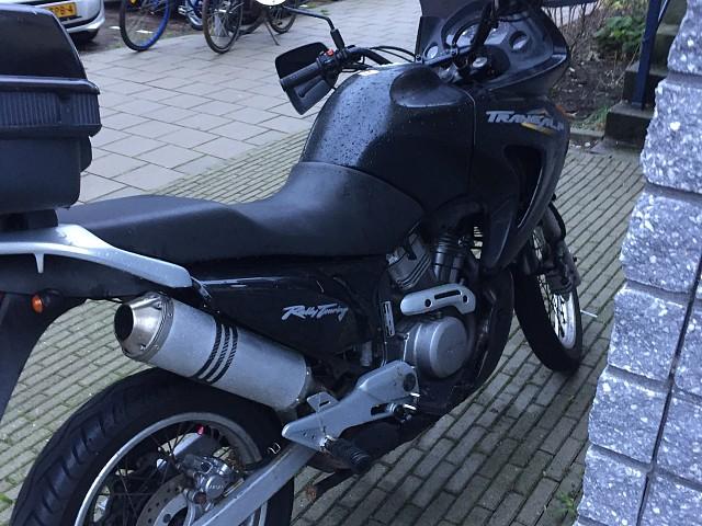 2000 Honda Transalp XL 650 V motor te huur (2)
