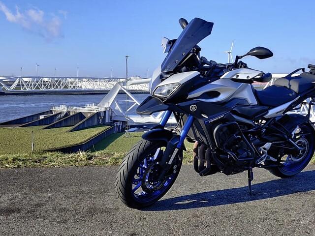 2015 Yamaha MT 09 TRACER motor te huur (5)