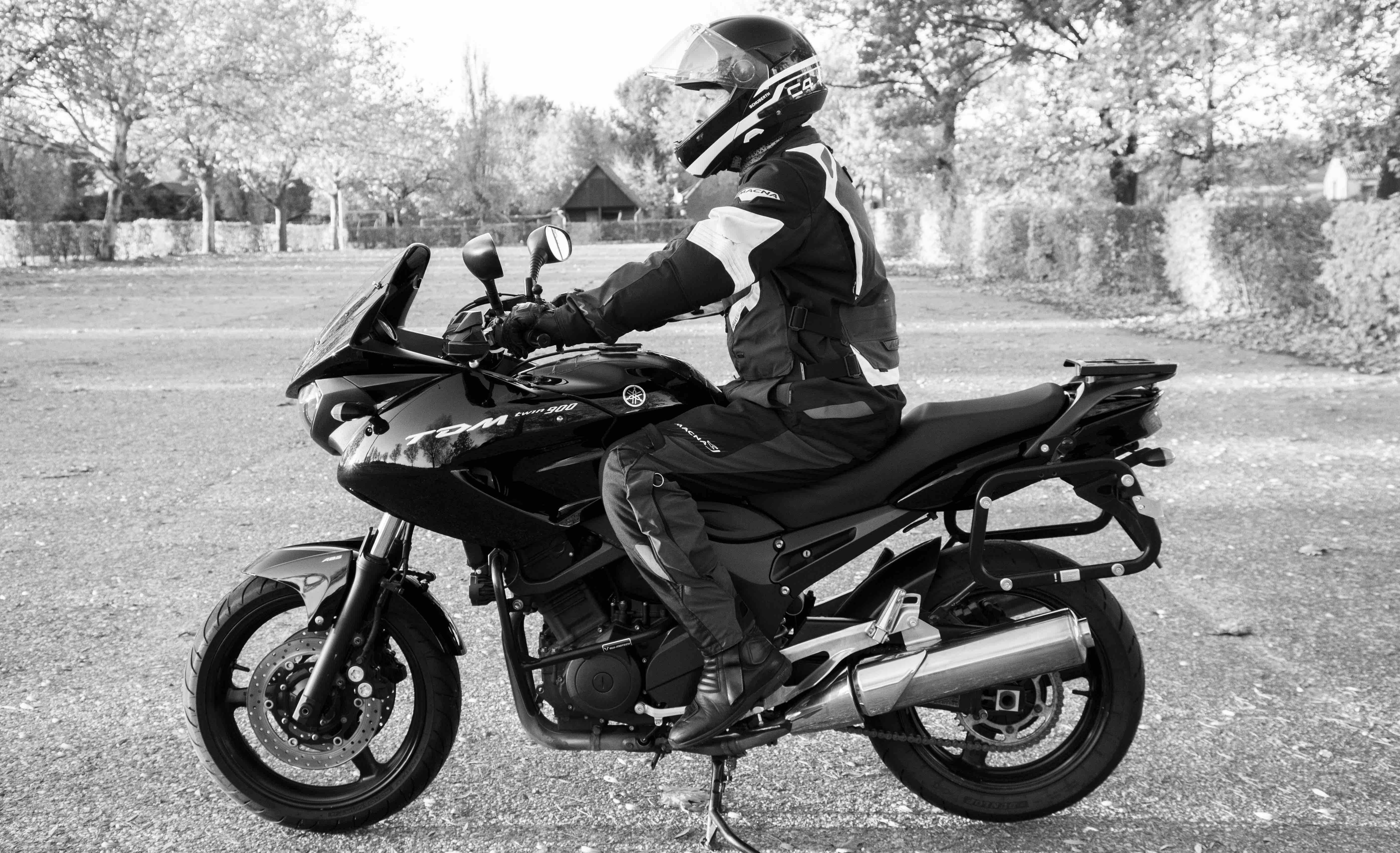 Goede zithouding motorfiets
