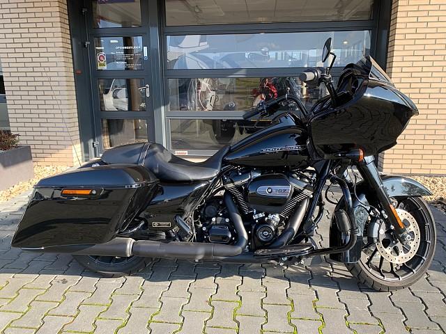2018 Harley-Davidson Road Glide motor te huur (1)