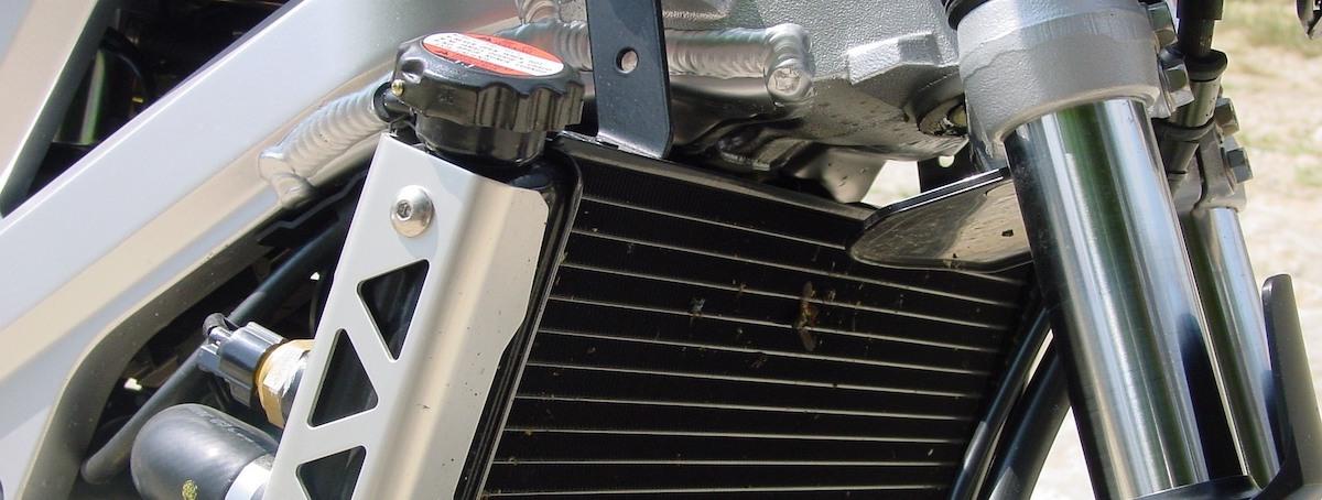 Radiator motor: Koelvloeistof vervangen