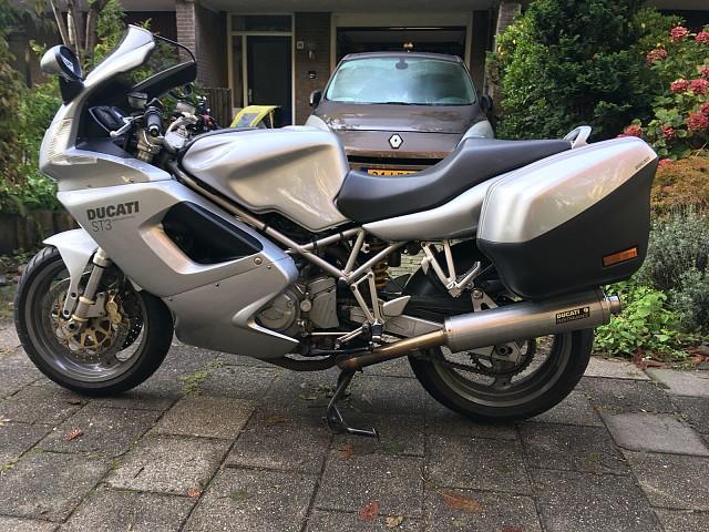 2004 Ducati ST 3 motor te huur (5)