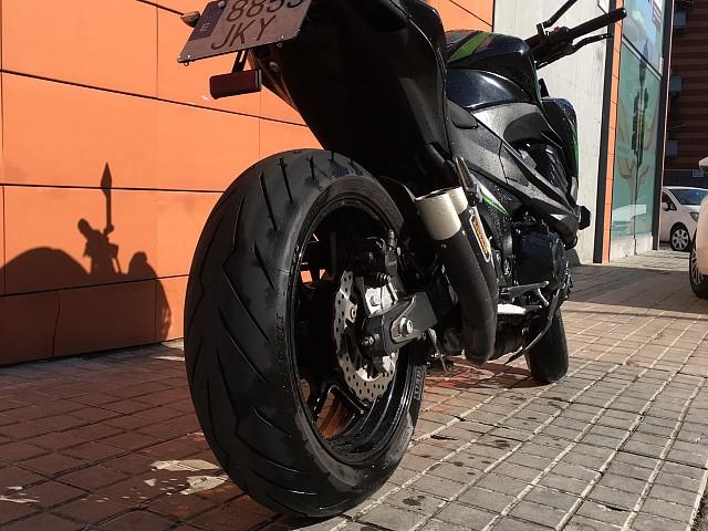 2016 KAWASAKI Z800 moto en alquiler (3)