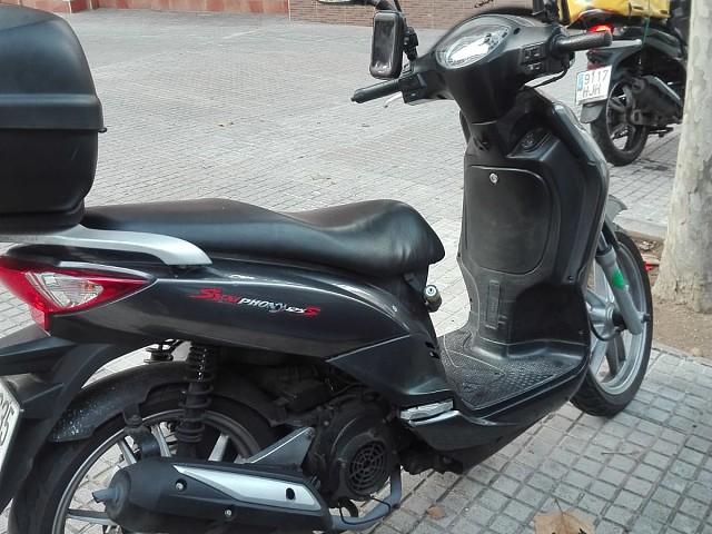 2014 SYM Phony moto en alquiler (2)
