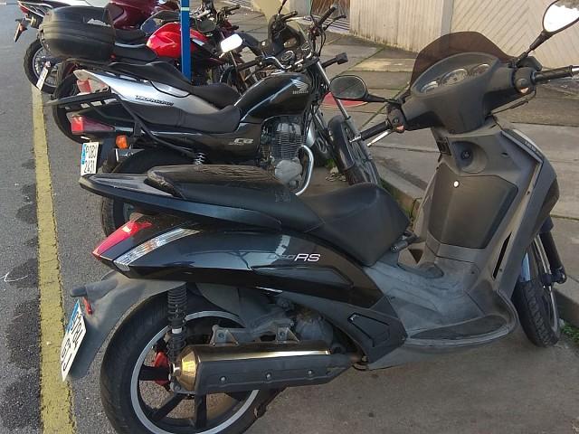 2007 PEUGEOT Geopolis 125 RS moto en alquiler (4)