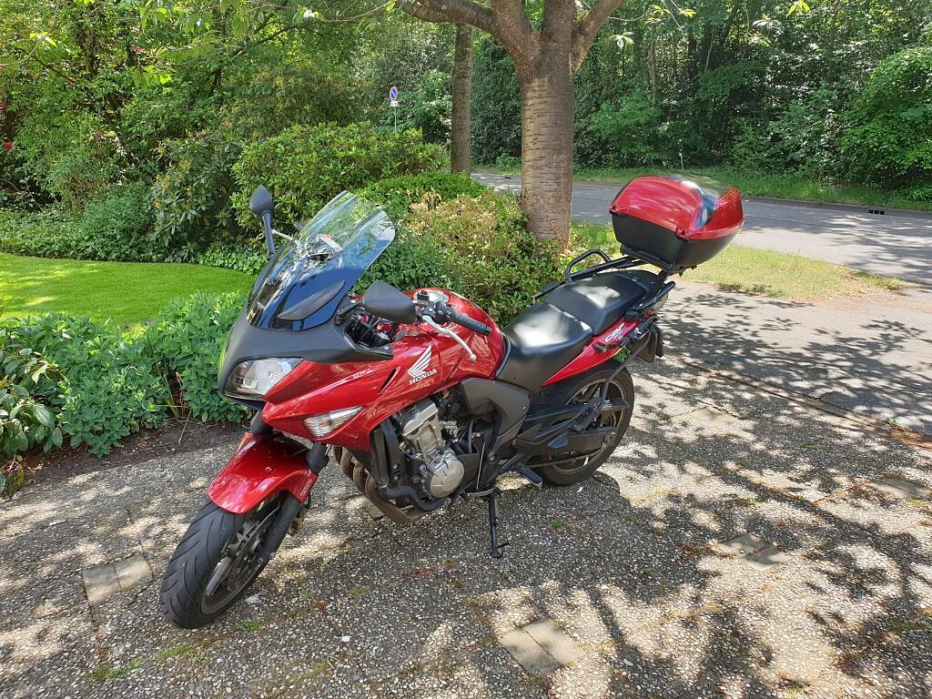 2009 Honda CBF 600 S motor te huur (1)