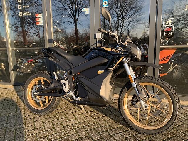 2020 Zero Motorcycles DSR ZF 14.4 motor te huur (2)