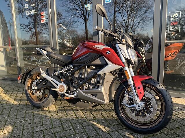 2020 Zero Motorcycles SR/F 14.4  motor te huur (2)