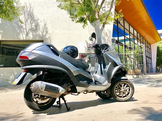 Piaggio MP3 125 moto en alquiler (2)
